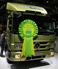 Mercedes-Benz investeste in viitor