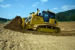 O bulldozer Komatsu D65 – 17,  uma máquina de obras públicas que respeite a norma Tier 4 !