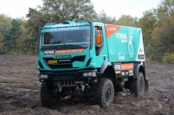 The De Rooy team and their new Iveco Trakker ready for the 2013 Dakar rallye !