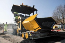 Volvo CE introduces their latest wheeled asphalt paver : the ABG P870C