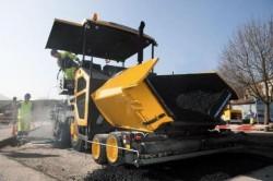 Volvo CE apresente seu último modelo de máquina de asfalto sobre pneus :  o Volvo ABG P870C