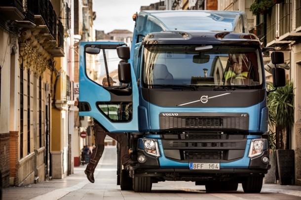 Nouveaux Volvo FE et Volvo FL : Volvo Trucks innove pour le transport urbain - Nouveautés Poids ...