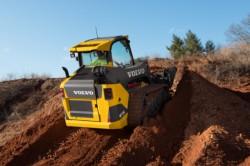 Caterpillar, Terex, Volvo CE, Atlas Copco, il secondo trimestre 2013 é cupo per i costruttori di macchine movimento terra.