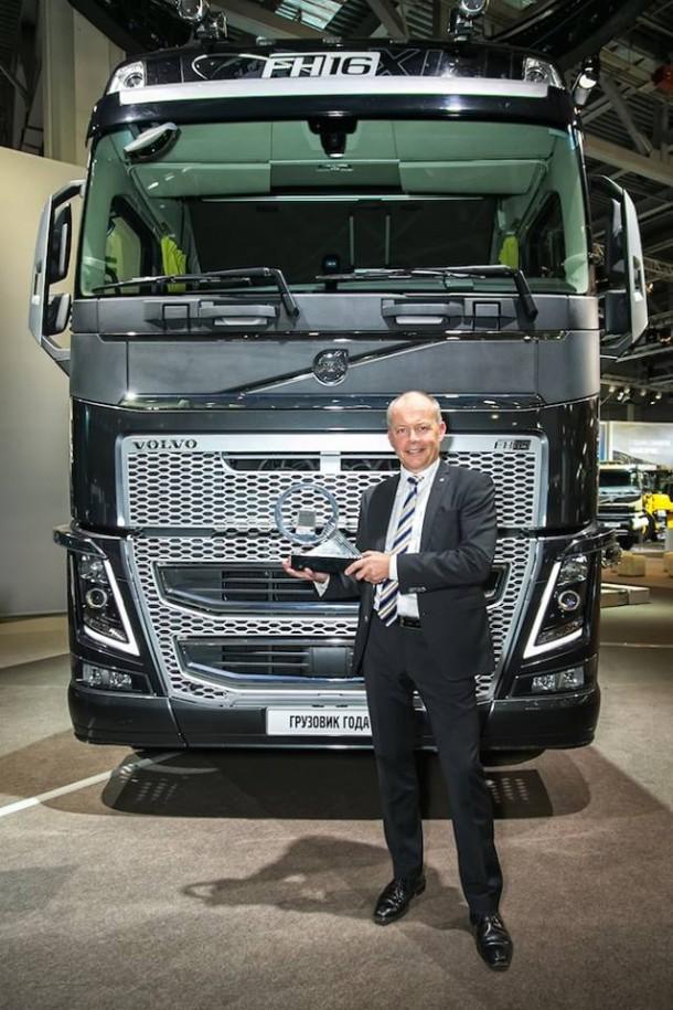 De Volvo FH verkozen tot « Truck of the year 2014 » !