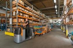 Still lanza un nuevo sistema de remolques autónomos LiftRunner  para facilitar la manutención de las paletas