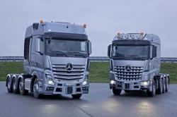 Gamma Mercedes SLT, nuovo Actros e Arocs per il trasporto di merci pesanti.