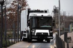 Modelul Renault Trucks D Access este disponibil în versiune Euro 6