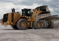 Caterpillar выпускает новый колёсный фронтальный погрузчик : la 990K