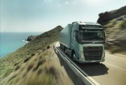 Volvo Trucks lance le nouveau service assistance remorquage