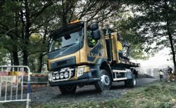 Nieuwe Volvo FL met vierwielaandrijving: efficiënt op elk terrrein