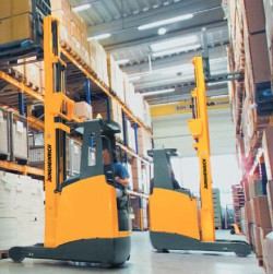 Yeni Jungheinrich kompakt reach truck'lar