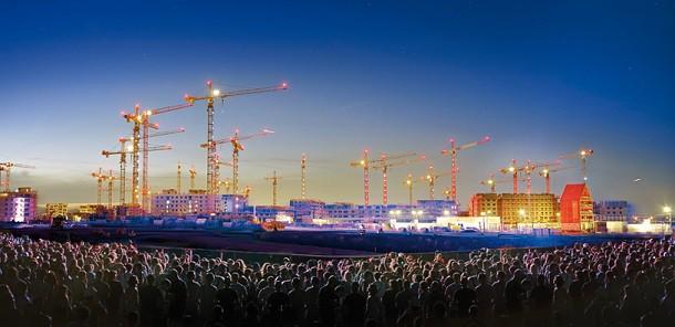 Liebherr 1000 EC-H kule vinçleri: uluslararası bir başarı