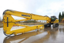 Komatsu launches an excavator, a bulldozer and a demolition excavator