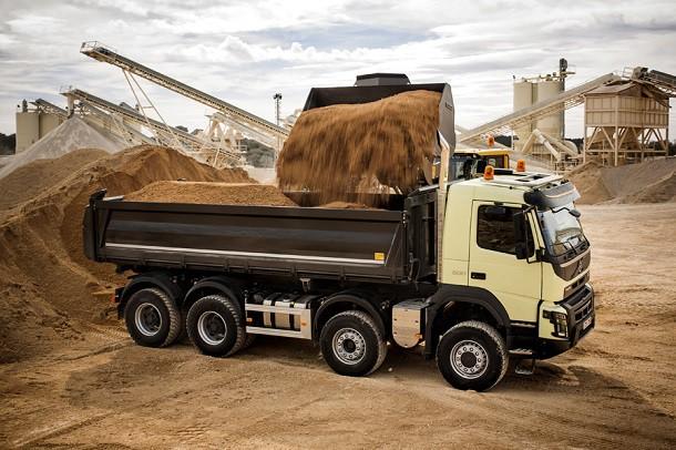 iveco scania et volvo d voilent leurs nouveaux camions de chantier nouveaut s poids lourds eci. Black Bedroom Furniture Sets. Home Design Ideas