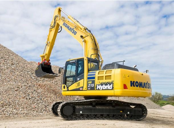 Gli ultimi modelli di escavatori ibridi della Komatsu, Hitachi e Caterpillar