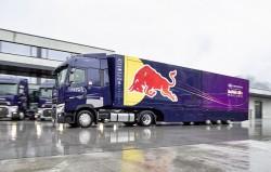 Des Renault Trucks T pour l'écurie F1 de Red Bull
