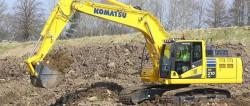 Komatsu Europa lansează noul său model de excavator hidraulic cu cupă PC210/LC-11