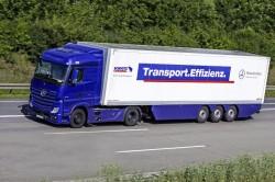 Mercedes-Benz lança uma nova versão de camiões uma nova versão de camiões e tractores Actros