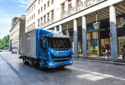 New Iveco Eurocargo : the king of urban distribution