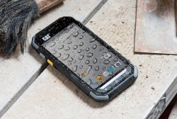 CAT® S30 : the new Caterpillar smartphone