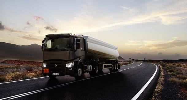 Tehlikeli maddelerin taşınması için yeni Renault Trucks T Tanker