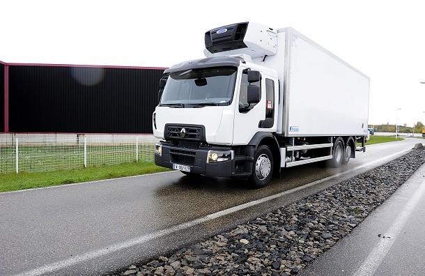 renault trucks quipe la gamme d wide et c cab 2 3 avec des moteurs dti 11 nouveaut s poids. Black Bedroom Furniture Sets. Home Design Ideas