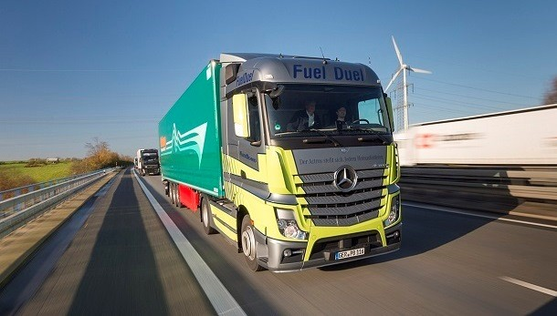 O conceito Fuel Duel da Mercedes Benz