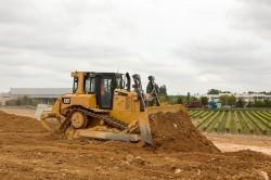La tecnologia Grade Slope Assist fra poco disponibile sul bulldozer D6T