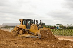 La technología Grade Slope Assist próximamente disponible en el bulldozer D6T Cat