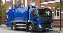 Volvo Trucks introduces their natural gas truck at the 2016 SITL