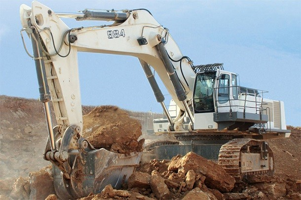 Liebherr para a comercialização da escavadora R 984