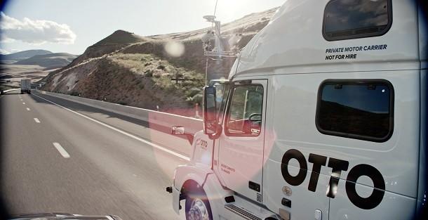 Autonome vrachtwagen Otto bijna op de weg