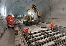 Einweihung des Eisenbahntunnels von St.-Gotthard in der Schweiz