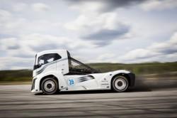 Volvo Trucks : de Iron Knight verbreekt twee snelheidsrecords