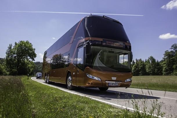 Der Bus Neoplan Skyliner von MAN mit dem Preis IBC ausgezeichnet.