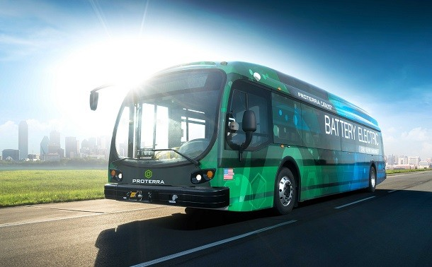 Ein Elektrobus, fähig 560 km in Autonomie zu fahren.