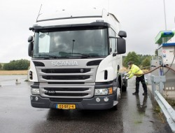 Scania macht erdgasbetriebene Lkws mit Opticruise kompatibel.