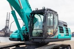 Kobelco commercializza il suo escavatore SK500LC-10