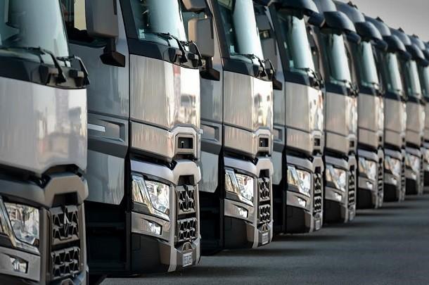 Renault Trucks anuncia sua partipação no salão Solutrans 2017