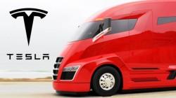 Tesla anuncia o lançamento de seu camião eléctrico e autônomo para setembro