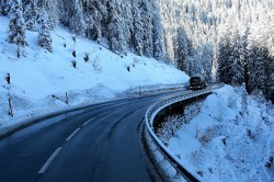 Conduire un poids lourd en hiver : les précautions à prendre