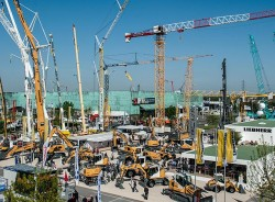 Liebherr innovations : world exclusives and exhibition of products at Intermat 2018