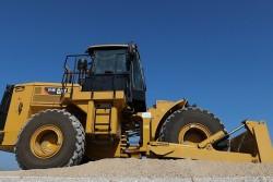 Cat annuncia l'introduzione sul mercato del suo nuovo bulldozer gommato 814K