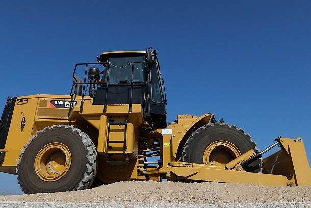 Cat anuncia su nuevo bulldozer de ruedas 814K