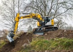 R 926 Compact : Liebherr stapt over naar phase IV