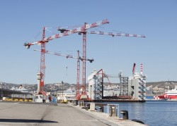 3 grues à tour Potain mobilisées à Marseille pour un chantier d'exception