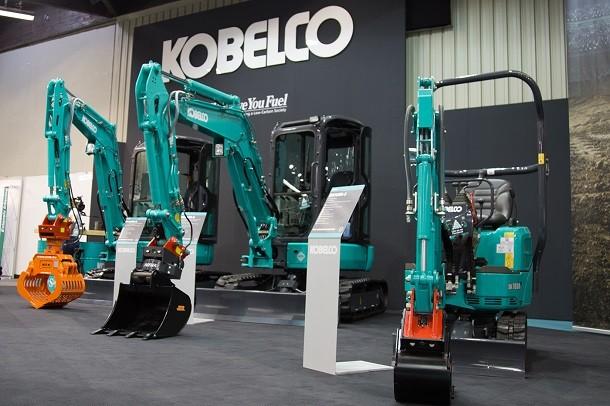 Kobelco presenta i suoi mini escavatori