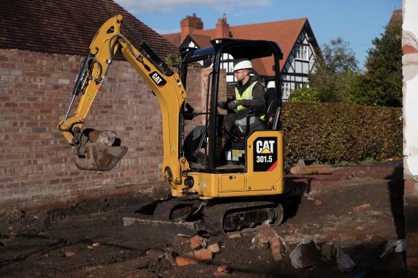 5 new mini hydraulic excavators by CAT