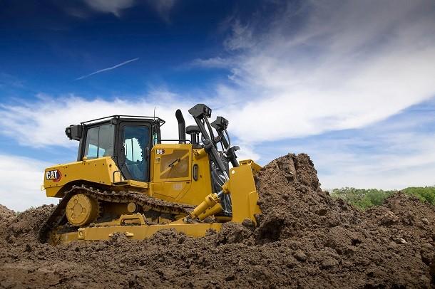 Cat présente le premier bulldozer à entrainement électrique