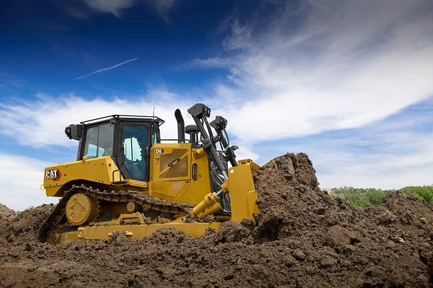 CAT presenta el primer bulldozer con tracción eléctrica